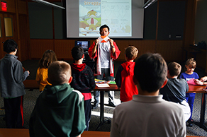 Japan Outreach Initiative coordinator teaches young students in Ohio about his native Japan